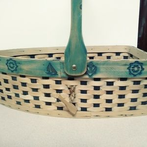 ROW YOUR BOAT TAN/BLUE BASKET W/ ROPE & OAR ACCENT